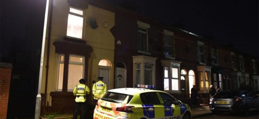 В Англии 4-месячная девочка умерла после того, как на нее села пьяная мать