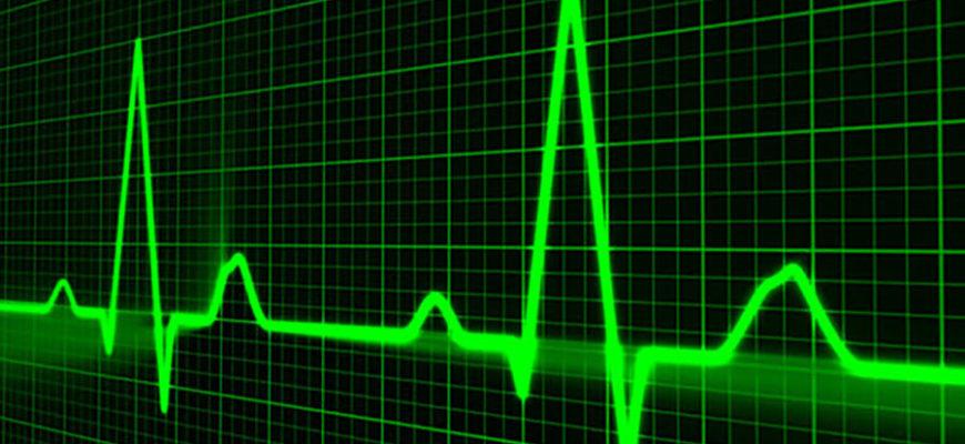 Аномально раздувшийся язык у мужчины вызвал остановку сердца