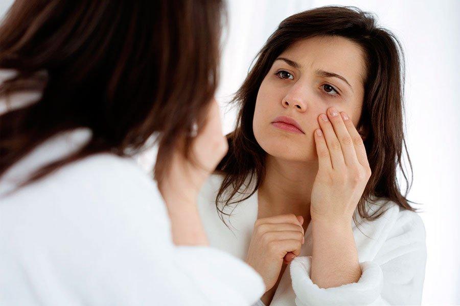 Пятно над губой стало для женщины признаком рака кожи