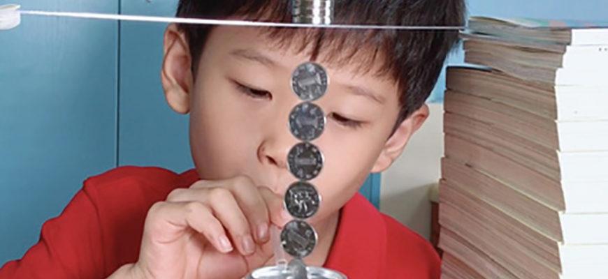 Юный китаец прославился благодаря научным экспериментам