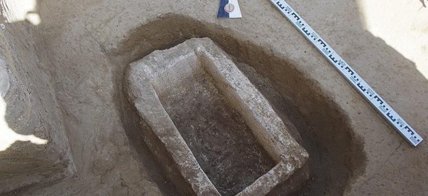В Крыму нашли загадочный пустой саркофаг