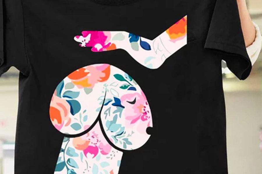На безобидной футболке для любителей собак увидели непристойность