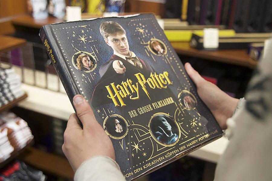 В США священник запретил ученикам читать книги про Гарри Поттера