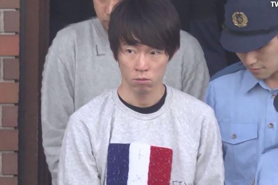 Кассир из Японии украл деньги с 1300 кредитных карт, просто запомнив их данные