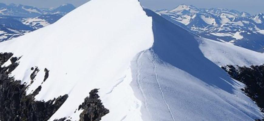 Самая высокая гора Швеции потеряла свой статус из-за таяния льда