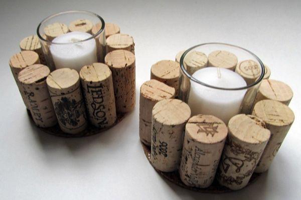 Подсвечники из винных пробок