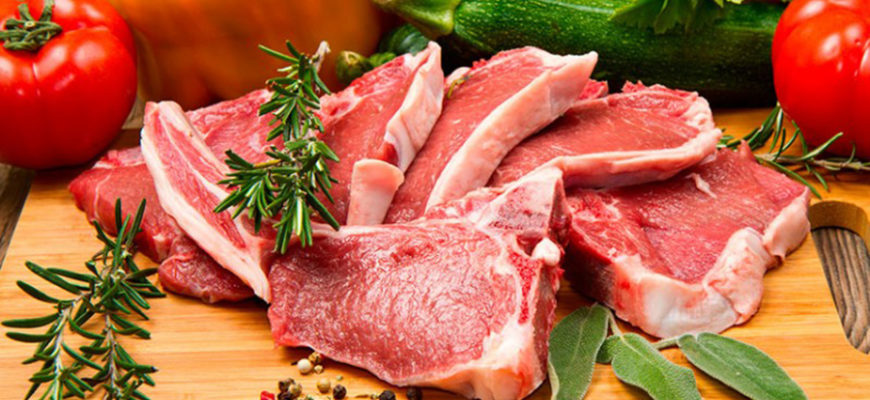 Мясоеды или вегетарианцы? Ученые установили, кто живет дольше