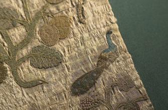 Изысканную ткань от одеяния Елизаветы I представили на выставке в Лондоне