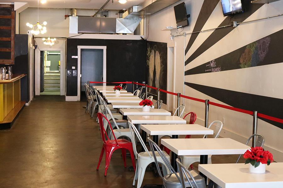 В США открылся бар, продающий напитки по часам, а не по стаканам