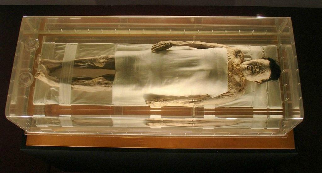 Мокрая китаянка мумия