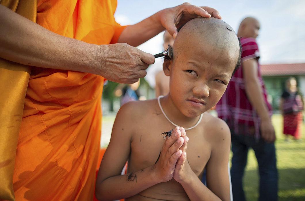 Бритье головы в буддизме