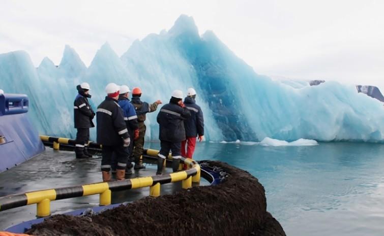 Планы по буксировке айсберга